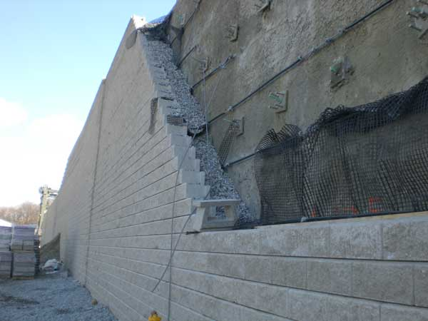 Block Retaining Wall Tie Backs : Retaining wall project csx intermodal facility