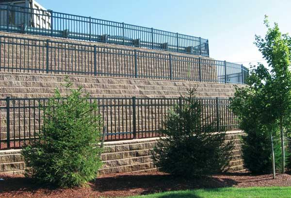 Muros de contenci n terrazas for Muro de separacion terraza