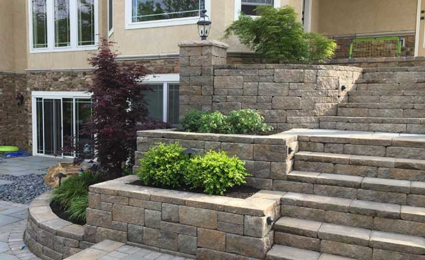 backyard retaining wall - AB Europa Collection