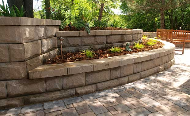 retaining wall-AB Fieldstone Collection