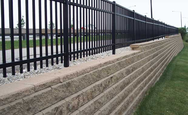 Technical Newsletter Issue 7 Retaining Walls and Fences