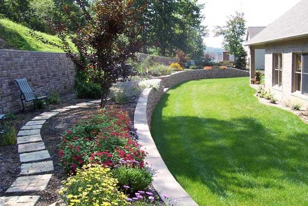 Backyard Retaining Wall Makeover Tips