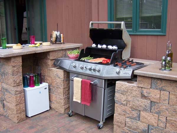 Can you still call it a BBQ grill if it costs $16,000 |Outdoor Kitchen Freestanding Grill