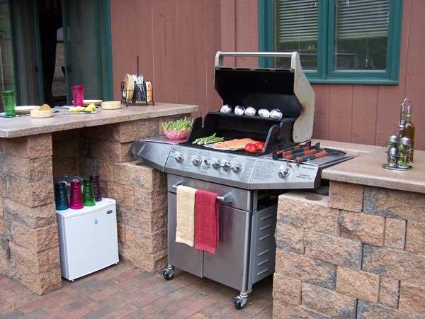 outdoor kitchen on pinterest grill station brick and. Black Bedroom Furniture Sets. Home Design Ideas