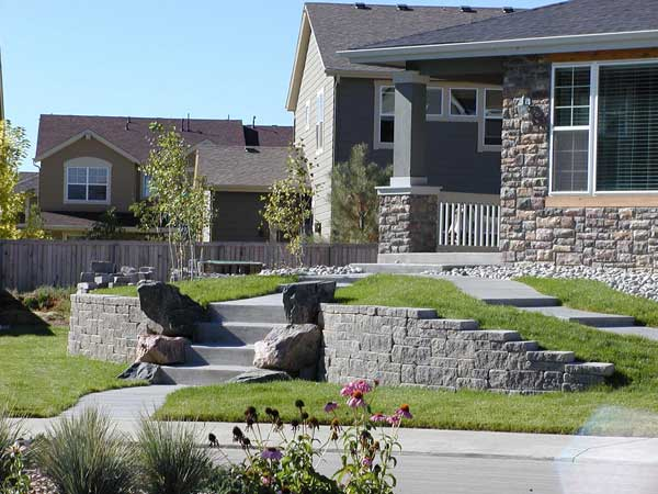 Curved Retaining Walls With Step Ups