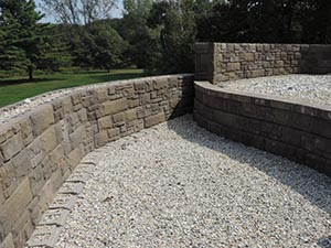fieldstone parapet construction