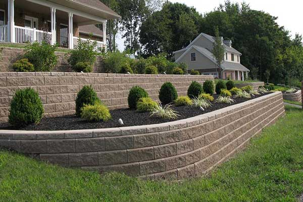 Retaining Wall Tackles Sloping Front Yard