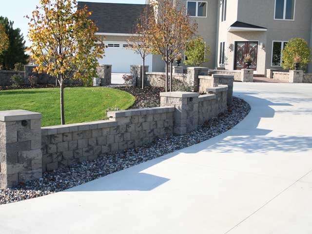 Front Yard Accents Like A Fountain Brings Beautiy And Welcomes Guests