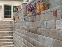 Retaining Wall With Built In Lighting